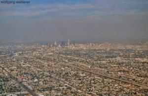 L.A. von oben: Landeanflug auf LAX, Los Angeles, Kalifornien, USA