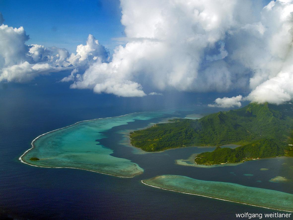 Über Moorea, Gesellschaftsinseln, Frz. Polynesien