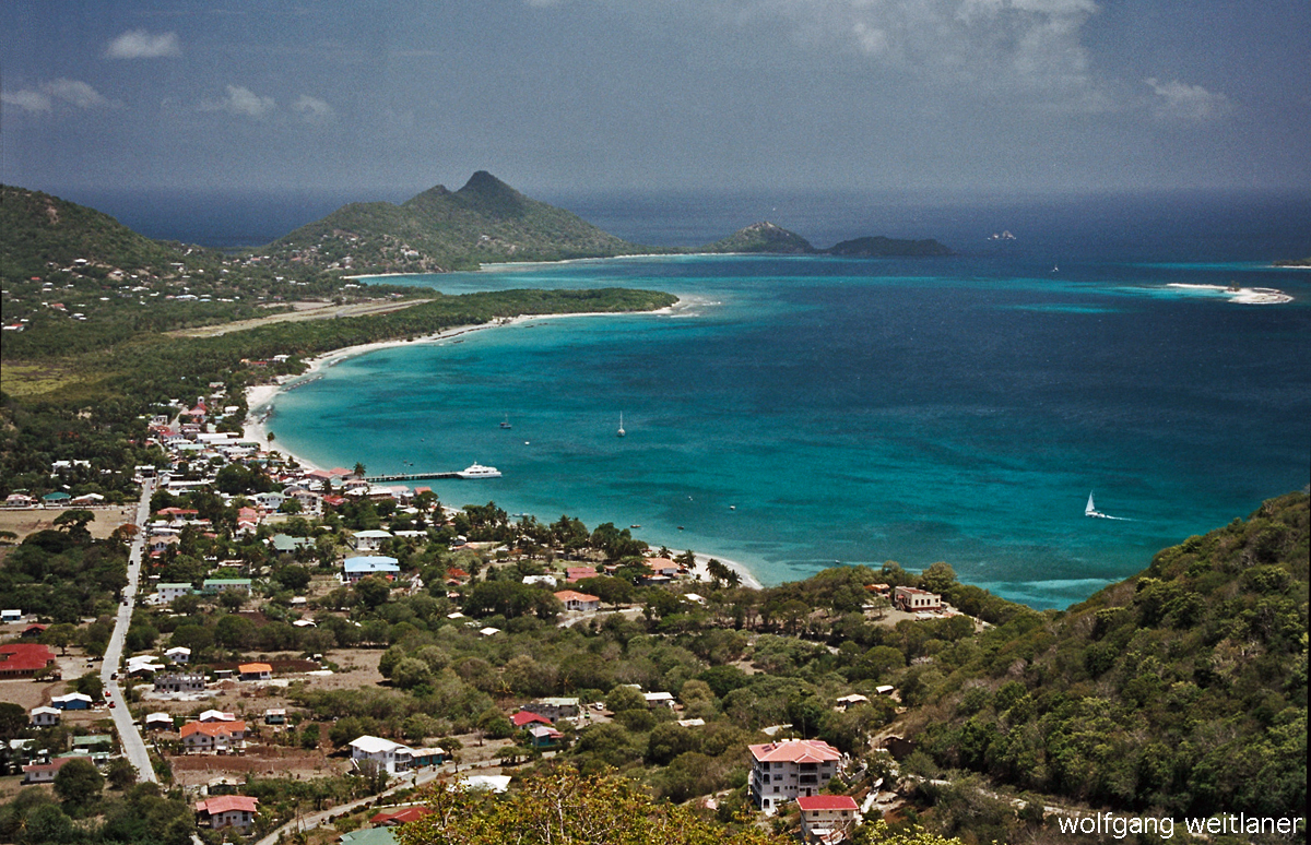 Blick über Hillsborough, Carriacou, Grenada, Karibik