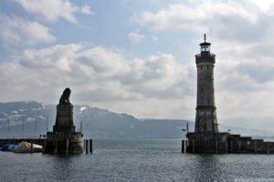 Leuchtturm, Hafeneinfahrt Lindau am Bodensee, Deutschland