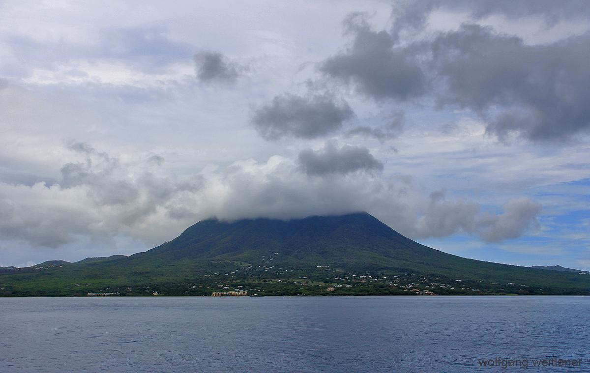 Landung in Nevis, St. Kitts & Nevis, Karibik