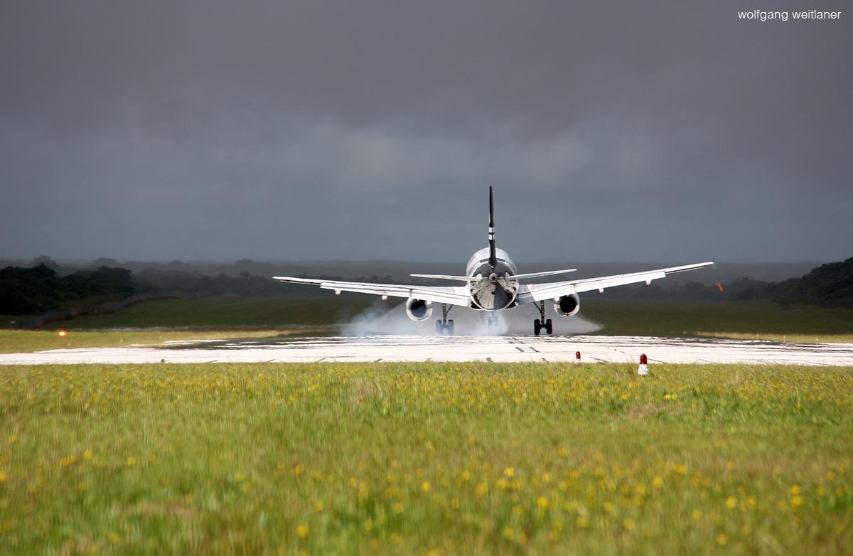 Landung Niue