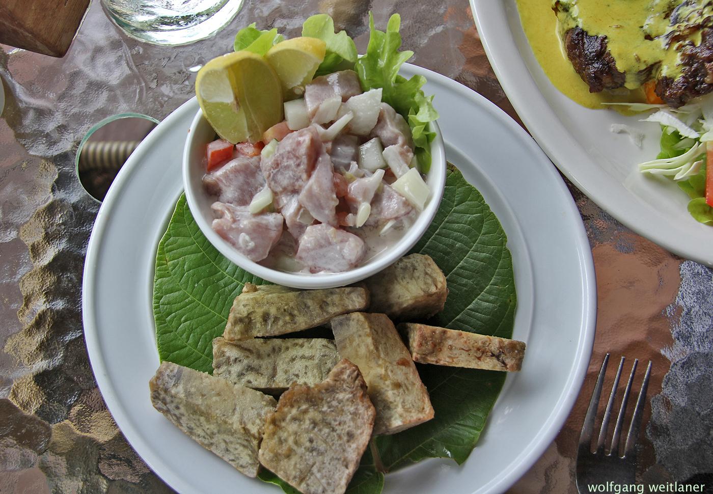 Roher Fisch in Kokosmilch, Aitutaki, Cook Inseln