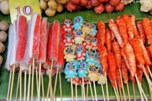 Bunte Spiesschen, Nightmarket Mae Hong Son, Thailand