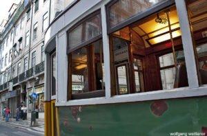 Tram No 28, Alfama, Lissabon, Portugal