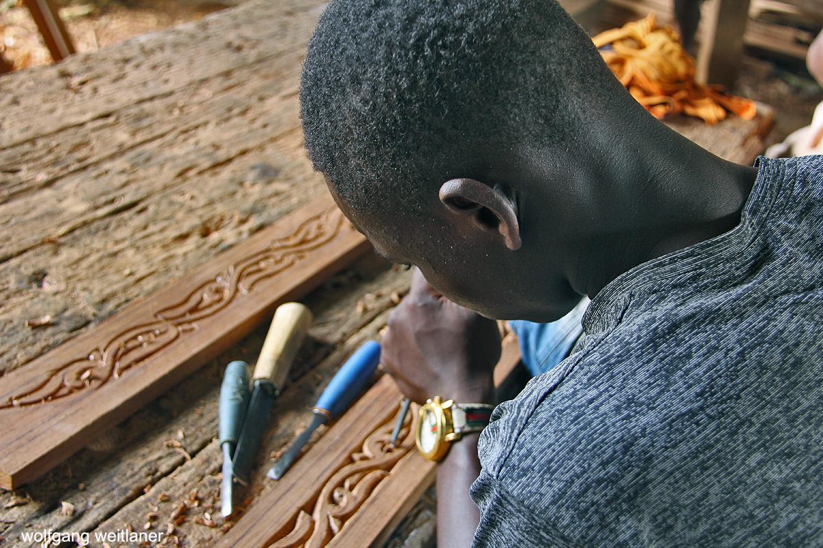 Türentischler auf Sansibar