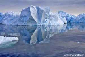 Winterreise: Cruising in Wilhelmina Bay, Antarctica