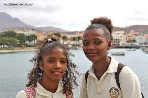 Zwei Schulmädchen, Mindelo, Sao Vicente, Kapverden