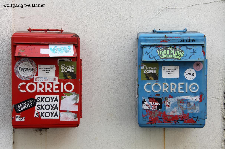 Street-art Lissabon postkästen