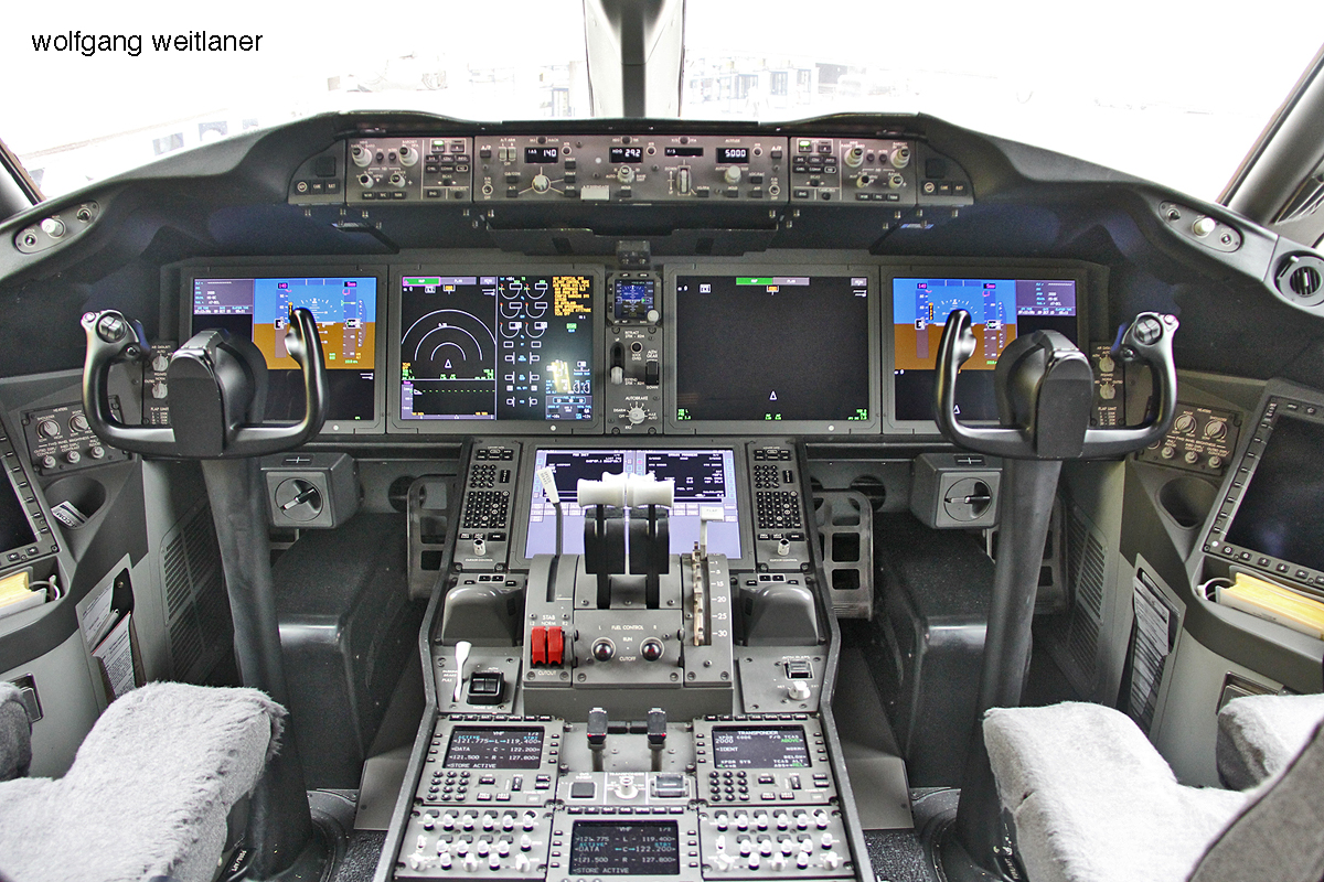 Cockpit B787-8 Dreamliner, Qatar