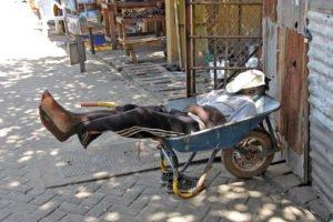 AmLiebstenReisen macht mal Pause – Banjul-Markt, Banjul, Gambia